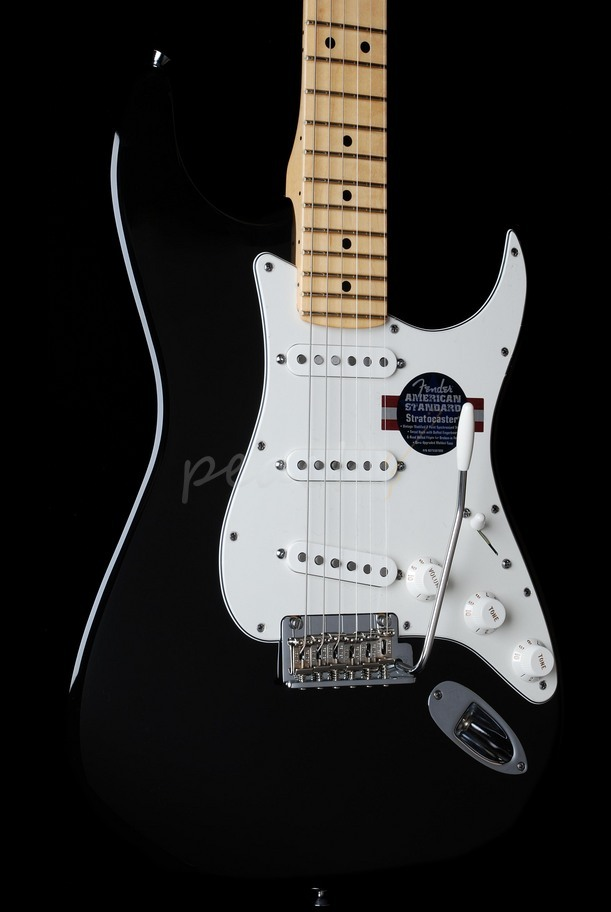Fender American Standard Strat Maple Neck Black