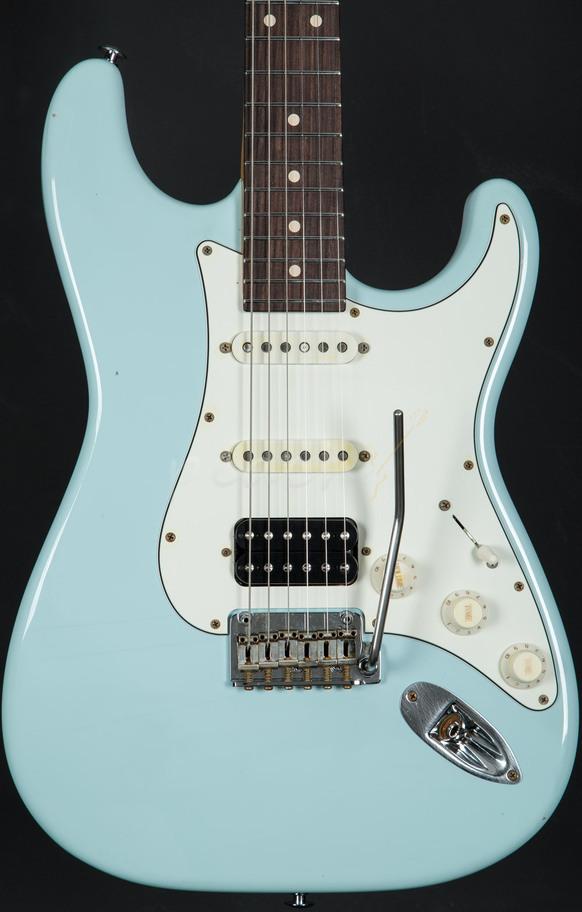 Suhr Classic Antique Sonic Blue Rosewood Hss Peach Guitars