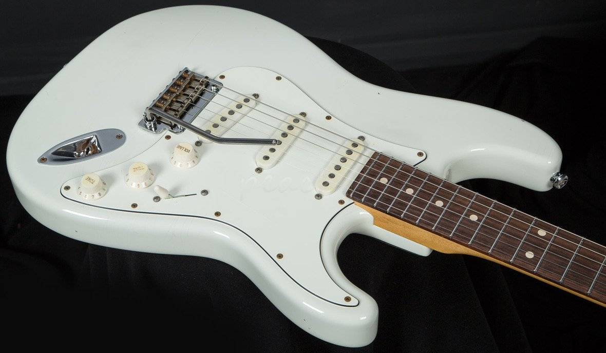 Suhr Classic Antique Olympic White Rosewood Sss Peach
