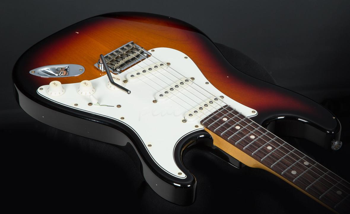 Suhr Classic Antique 3 Tone Sunburst Rw Sss Peach Guitars