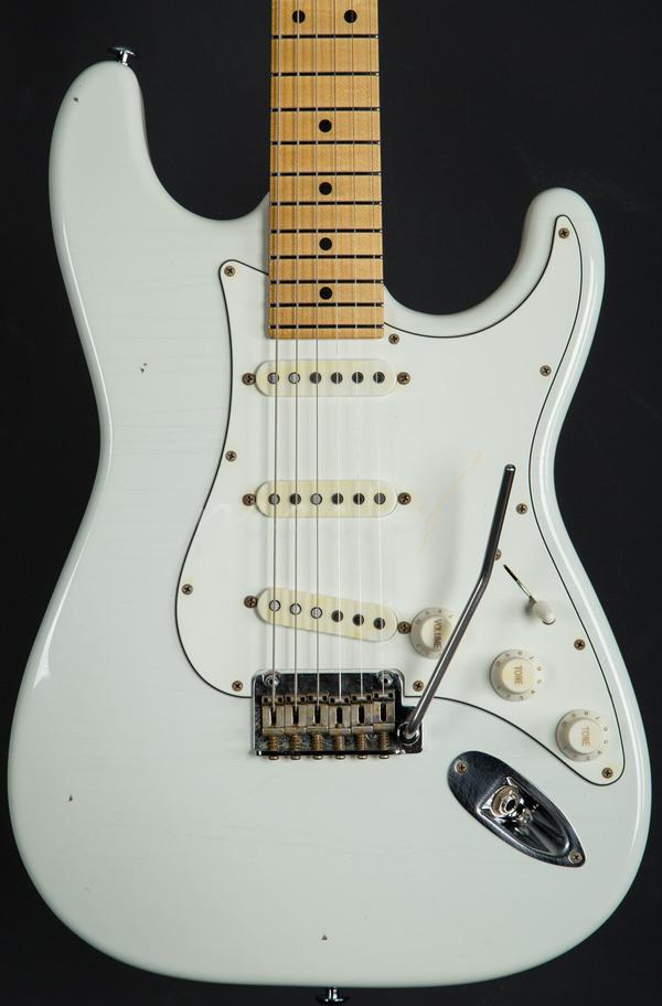 Suhr Classic Antique White W Maple Neck Peach Guitars