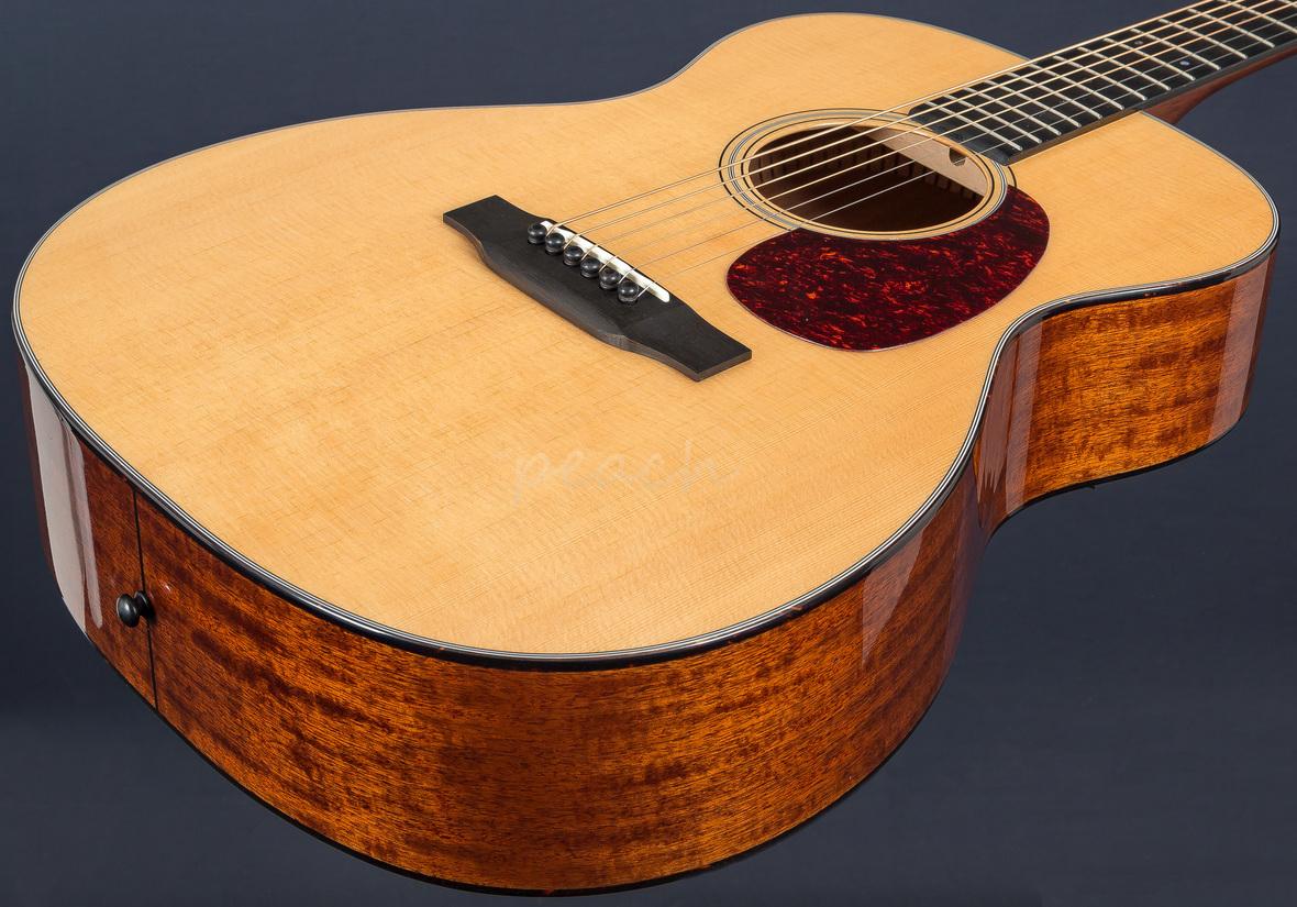 sigma sig s000m 18 acoustic guitar peach guitars. Black Bedroom Furniture Sets. Home Design Ideas