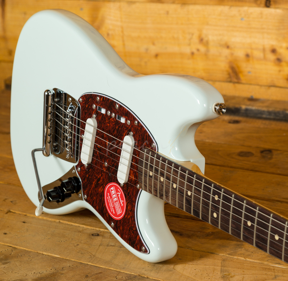 squier vintage modified mustang sonic blue peach guitars. Black Bedroom Furniture Sets. Home Design Ideas