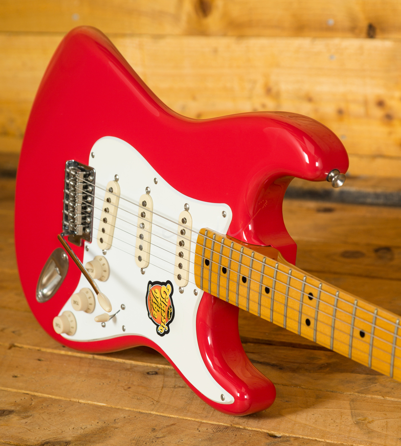 squier classic vibe 50 39 s stratocaster fiesta red peach guitars. Black Bedroom Furniture Sets. Home Design Ideas