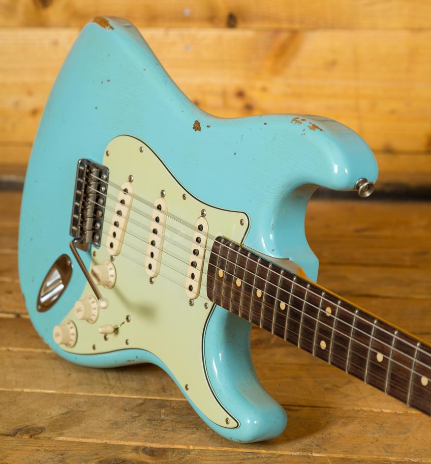 Taylor Guitars For Sale >> Fender Custom Shop 60 Strat Relic Daphne Blue - Peach Guitars