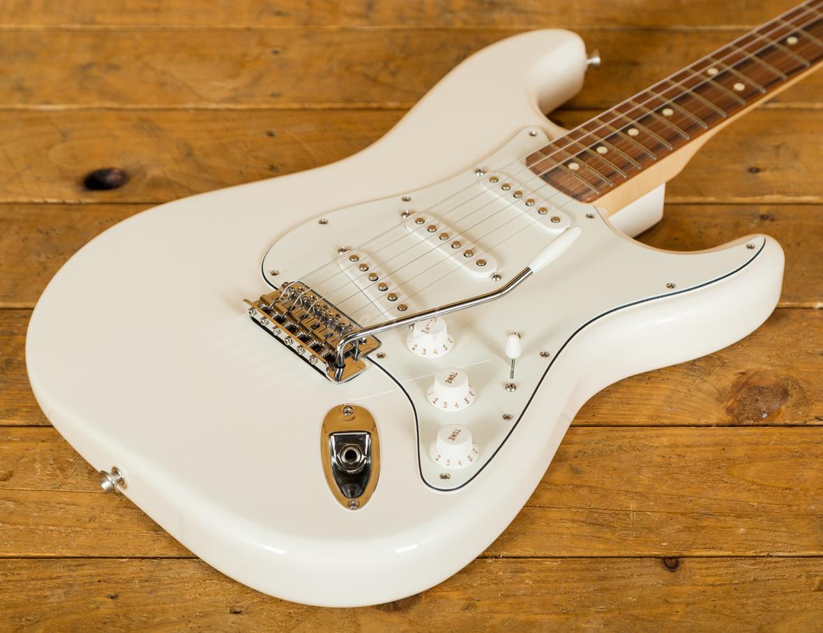 fender mexican std strat white pau ferro peach guitars. Black Bedroom Furniture Sets. Home Design Ideas