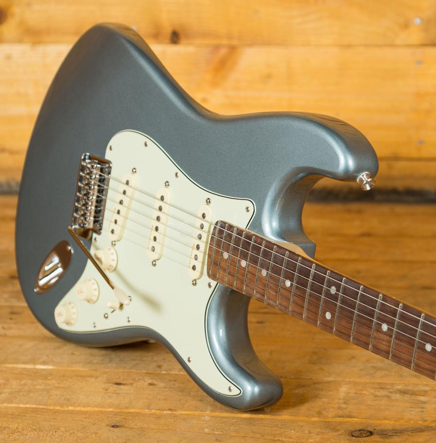 fender deluxe roadhouse strat pau ferro mystic ice blue peach guitars. Black Bedroom Furniture Sets. Home Design Ideas