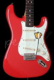 Squier Simon Neil Classic Vibe Strat Fiesta Red