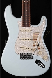 Fender Deluxe Roadhouse Strat Sonic Blue