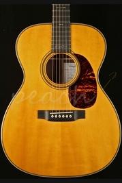 CF Martin 000-28EC Crossroads Eric Clapton Limited Edition Acoustic Guitar