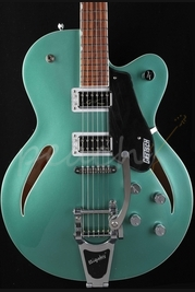 Gretsch G5620T-CB Center-block Georgia Green