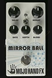 Mojo Hand FX Mirrorball Delay