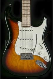 Fender Custom Deluxe Strat 3 Tone Sunburst used