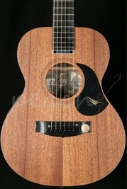 Maton EMM-6 Mini Electro Acoustic Guitar
