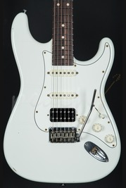 Suhr Classic Antique Olympic White Rosewood HSS