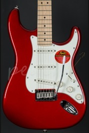 Squier Standard Strat Maple Neck Candy Apple Red
