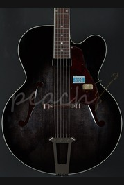 "Gibson Custom Solid Formed 17"" Hollowbody Venetian - Trans Black"