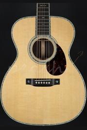 CF Martin OM42 Standard Series Acoustic Guitar with Fishman Piezo pickup