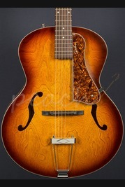 Godin 5th Avenue Cognacburst