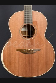 Lowden F35 - Mountain Cocobolo & Redwood with Sounbox Bevel