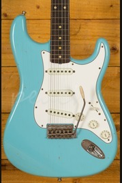 Fender Custom Shop Journeyman Relic Postmodern Strat Daphne Blue