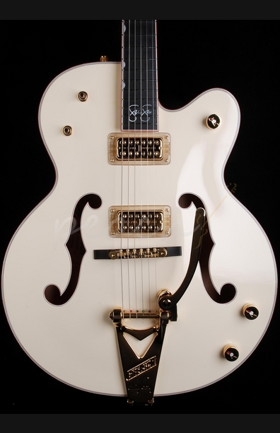 Gretsch G6136-1958 Stephen Stills White Falcon Aged White