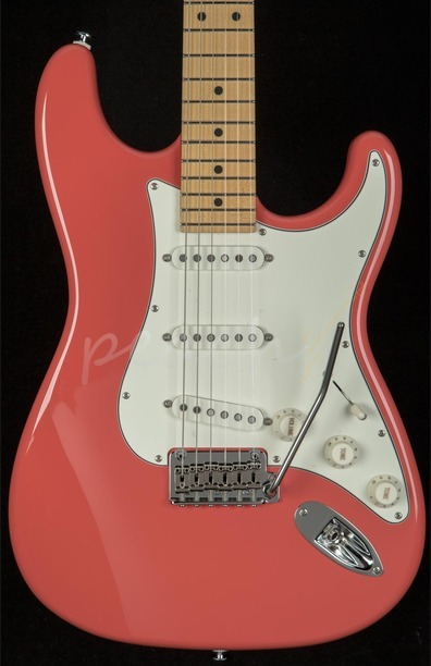 Suhr Classic Pro Fiesta Red MN SSS