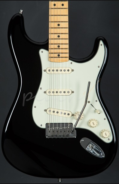 Fender The Edge Strat Maple Neck Black