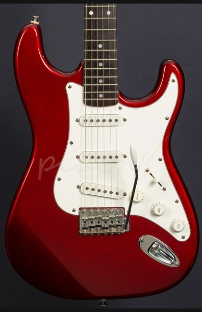 Squier Stratocaster Red Sparkle 1991 Korean Used