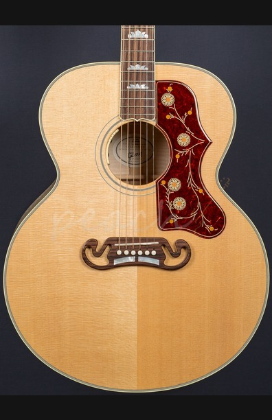 Gibson SJ-200 Antique Natural 2016 Model