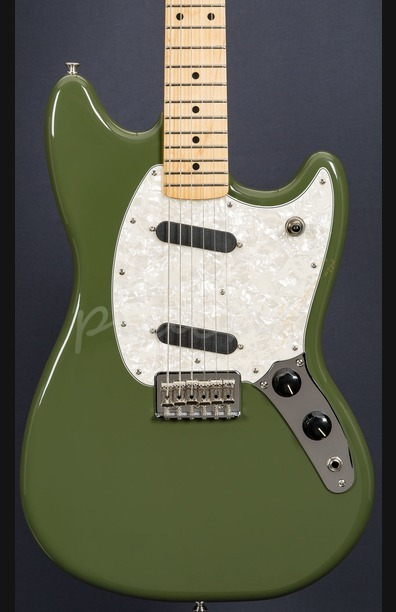 Fender Mustang Maple Olive