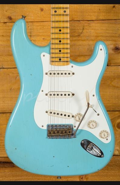 Fender Custom Shop 57 Strat Journeyman Relic Daphne Blue