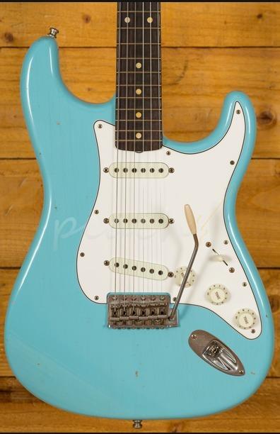Fender Custom Shop Journeyman Relic Postmodern Strat Daphne Blue