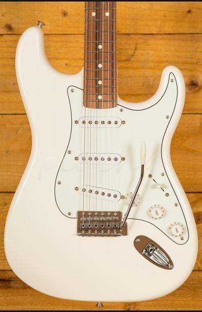 Fender Mexican Standard Strat Arctic White pau ferro