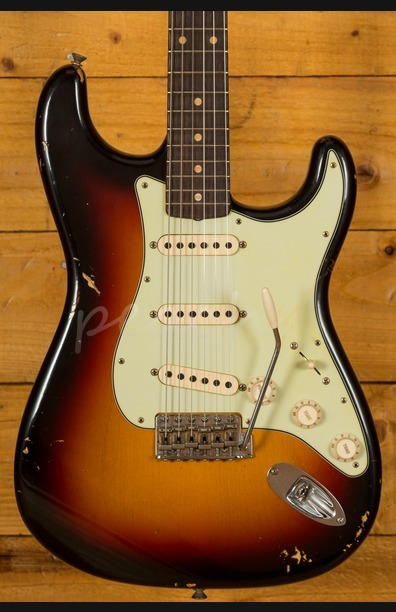 Fender Custom Shop 62 Relic Strat 3 Tone Sunburst
